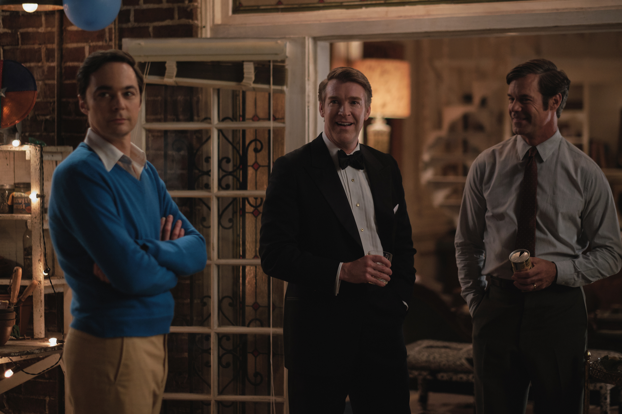 THE BOYS IN THE BAND (2020)Jim Parsons as Michael, Brian Hutchison as Alan and Tuc Watkins as Hank.Cr. Scott Everett White/NETFLIX ©2020