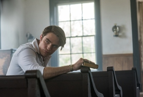 The Devil All The Time: Robert Pattinson as Preston Teagardin. Photo Cr. Glen Wilson/Netflix © 2020