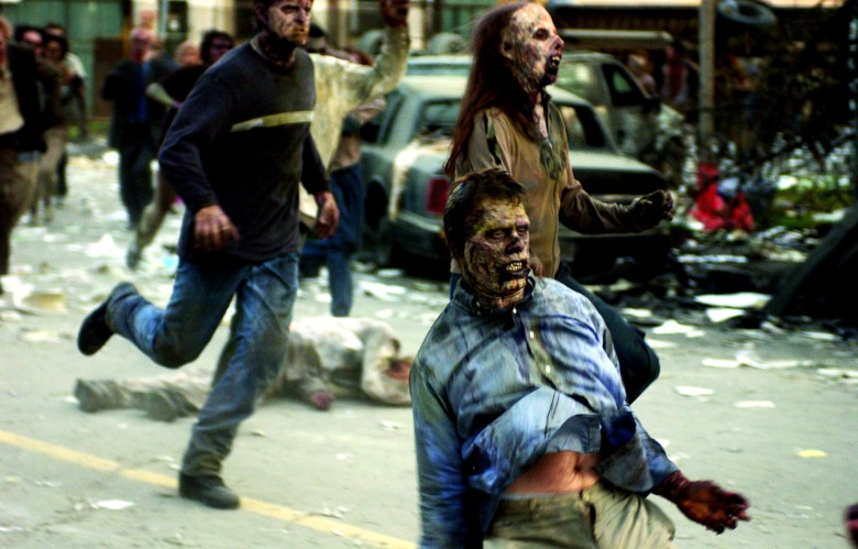 DAWN OF THE DEAD, 2004, (c) Universal/courtesy Everett Collection