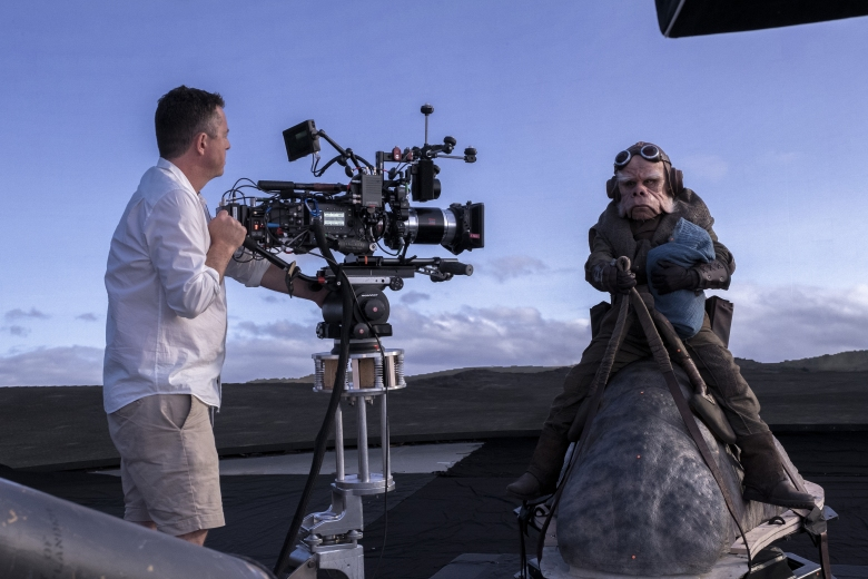 Behind the scenes of THE MANDALORIAN, exclsuively on Disney+