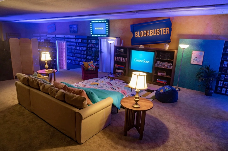 The world's last remaining Blockbuster location in Bend, Oregon is making its store available on Airbnb.