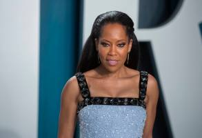 Regina King attends the Vanity Fair Oscar Party at Wallis Annenberg Center for the Performing Arts in Beverly Hills, Los Angeles, USA, on 09 February 2020. | usage worldwide Photo by: Hubert Boesl/picture-alliance/dpa/AP Images