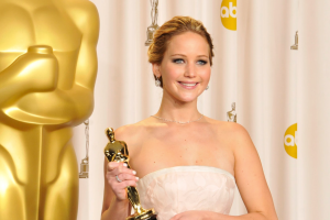 Jennifer Lawrence Tells the Story of Confronting Anderson Cooper Over Claim She Faked Oscars Fall
