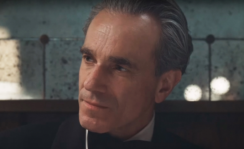 """Phantom Thread"""