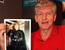 Dave Prowse death. File photo dated 16/10/99 of Dave Prowse at the opening of Collect '99 at Wembley Exhibition Centre in London. Dave Prowse, the Bristol actor who played Darth Vader in the original Star Wars trilogy, has died aged 85. Issue date: Sunday November 29, 2020. The weightlifter-turned-actor, who also earned an MBE for playing the Green Cross Code Man to promote road safety, died after a short illness, his agent Thomas Bowington said in a Facebook post. See PA story DEATH Prowse. Photo credit should read: Tony Harris/PA Wire URN:56851231 (Press Association via AP Images)