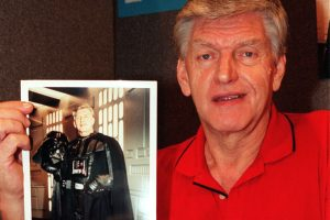 'Star Wars' Cast and Fans Pay Tribute to David Prowse, Darth Vader Star Dead at 85