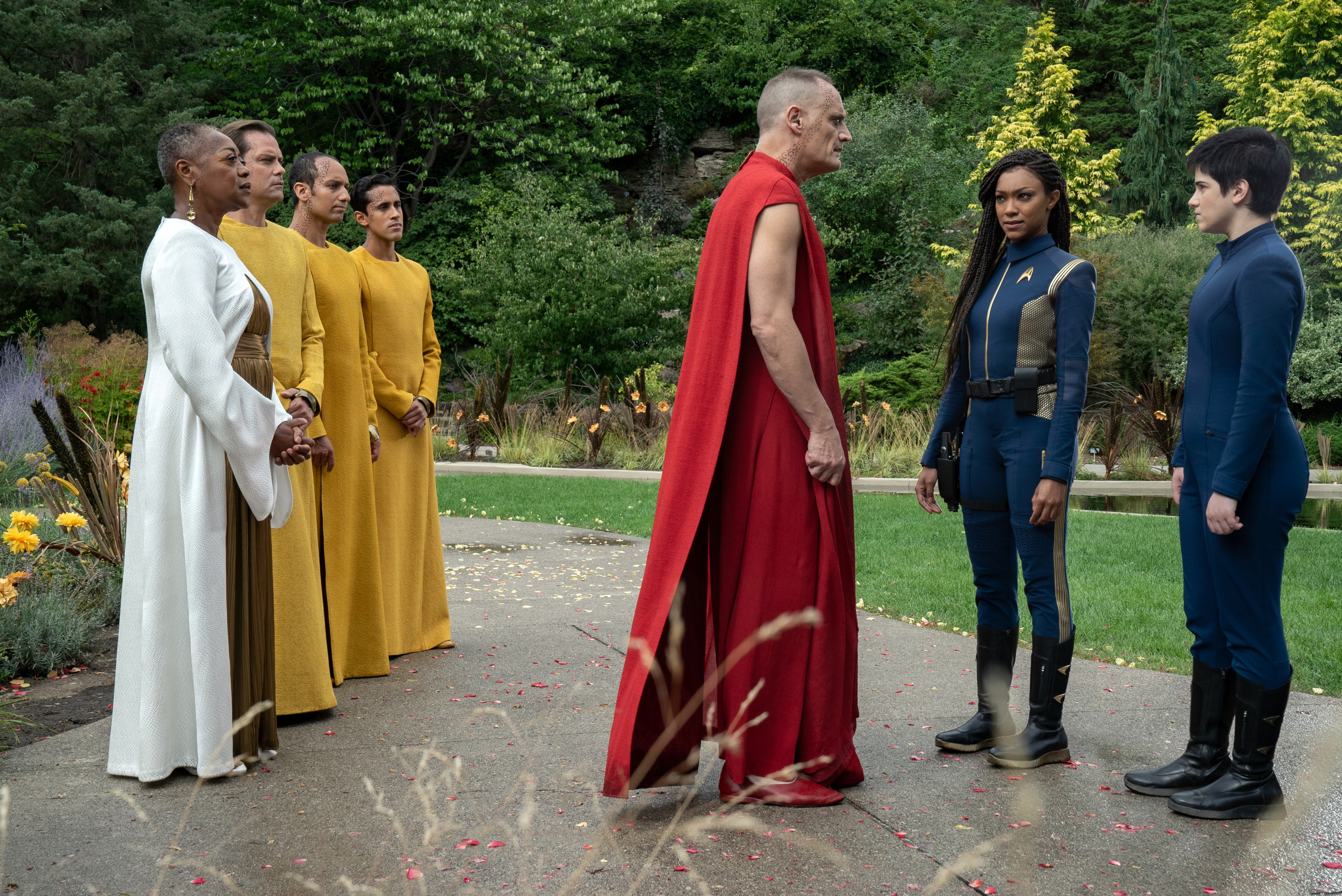 """Forget Me Not"" — Ep#304 — Pictured (l-r): Karen Robinson as Leader Pav, Andres Apergis as Guardian Xi, Sonequa Martin-Green as Burnham and Blu del Barrio as Adira of the CBS All Access series STAR TREK: DISCOVERY. Photo Cr: Michael Gibson/CBS ©2020 CBS Interactive, Inc. All Rights Reserved."