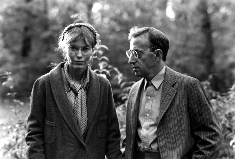 ZELIG, Mia Farrow, Woody Allen, 1983
