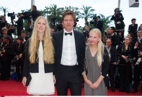 """Jury's President, Thomas Vinterberg and his daughters attend the screening of """" Inside Llewyn Davis """" directed by Ethan & Joel Coen at the Palais of Festivals during the 66th Annual Cannes Film Festival in Cannes, FRANCE-19/05/13. /PDN_1065.NIV/Credit:PDN/VILLARD/SIPA/1305192232"""