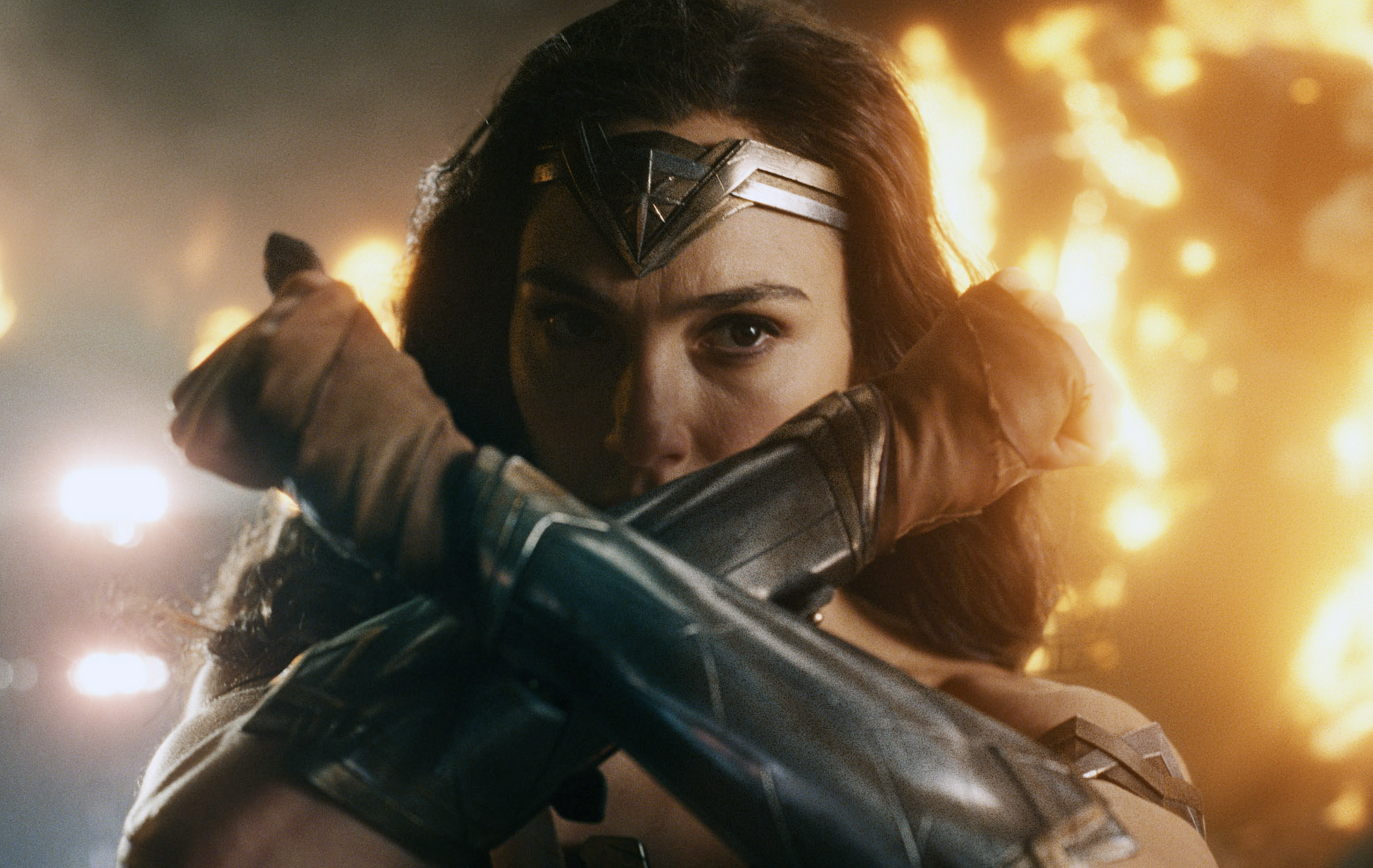 Patty Jenkins Slams Whedon S Justice League Contradicted Wonder Woman Indiewire