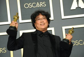 Bong Joon-ho in the press room for The 92nd Academy Awards - Press Room, The Dolby Theatre at Hollywood and Highland Center, Los Angeles, CA February 9, 2020. Photo By: Elizabeth Goodenough/Everett Collection