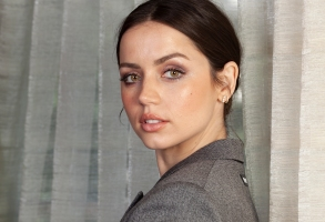 "This Nov. 16, 2019 photo shows actress Ana de Armas posing for a portrait to promote her film ""Knives Out"" at The Four Seasons Hotel in Los Angeles. (Photo by Rebecca Cabage/Invision/AP)"