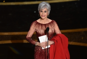Jane Fonda presents the award for best picture at the Oscars on Sunday, Feb. 9, 2020, at the Dolby Theatre in Los Angeles. (AP Photo/Chris Pizzello)