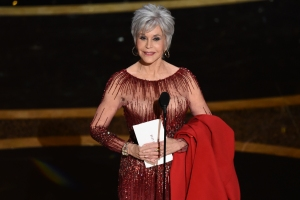 Jane Fonda to Receive Golden Globes' 2021 Cecil B. DeMille Award