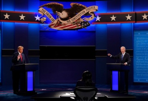 President Donald Trump and Democratic presidential candidate former Vice President Joe Biden participate in the final presidential debate at Belmont University, Thursday, Oct. 22, 2020, in Nashville, Tenn. (AP Photo/Patrick Semansky)