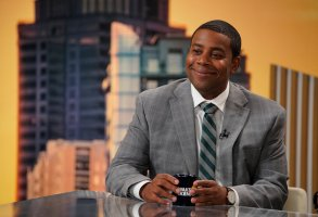"KENAN -- ""Pilot"" Episode 101 -- Pictured: Kenan Thompson as Kenan -- (Photo by:  Casey Durkin/NBC)"