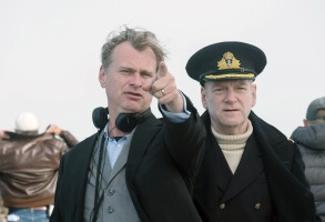 DUNKIRK, l-r: director Christopher Nolan, Kenneth Branagh on set, 2017. ph: Melinda Sue Gordon/©Warner Bros. Pictures/courtesy Everett Collection