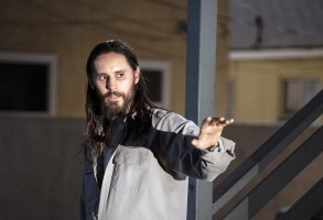 THE LITTLE THINGS, Jared Leto, 2021. ph: Nicola Goode / © Warner Bros. / Courtesy Everett Collection