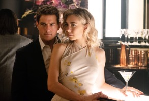 MISSION: IMPOSSIBLE - FALLOUT, from left: Tom Cruise, Vanessa Kirby, 2018. Ph: Chiabella James /© Paramount /Courtesy Everett Collection