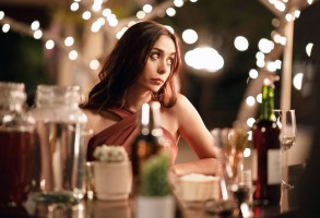 PALM SPRINGS, Cristin Milioti, 2020. ph: Chris Willard / © Hulu / Courtesy Everett Collection