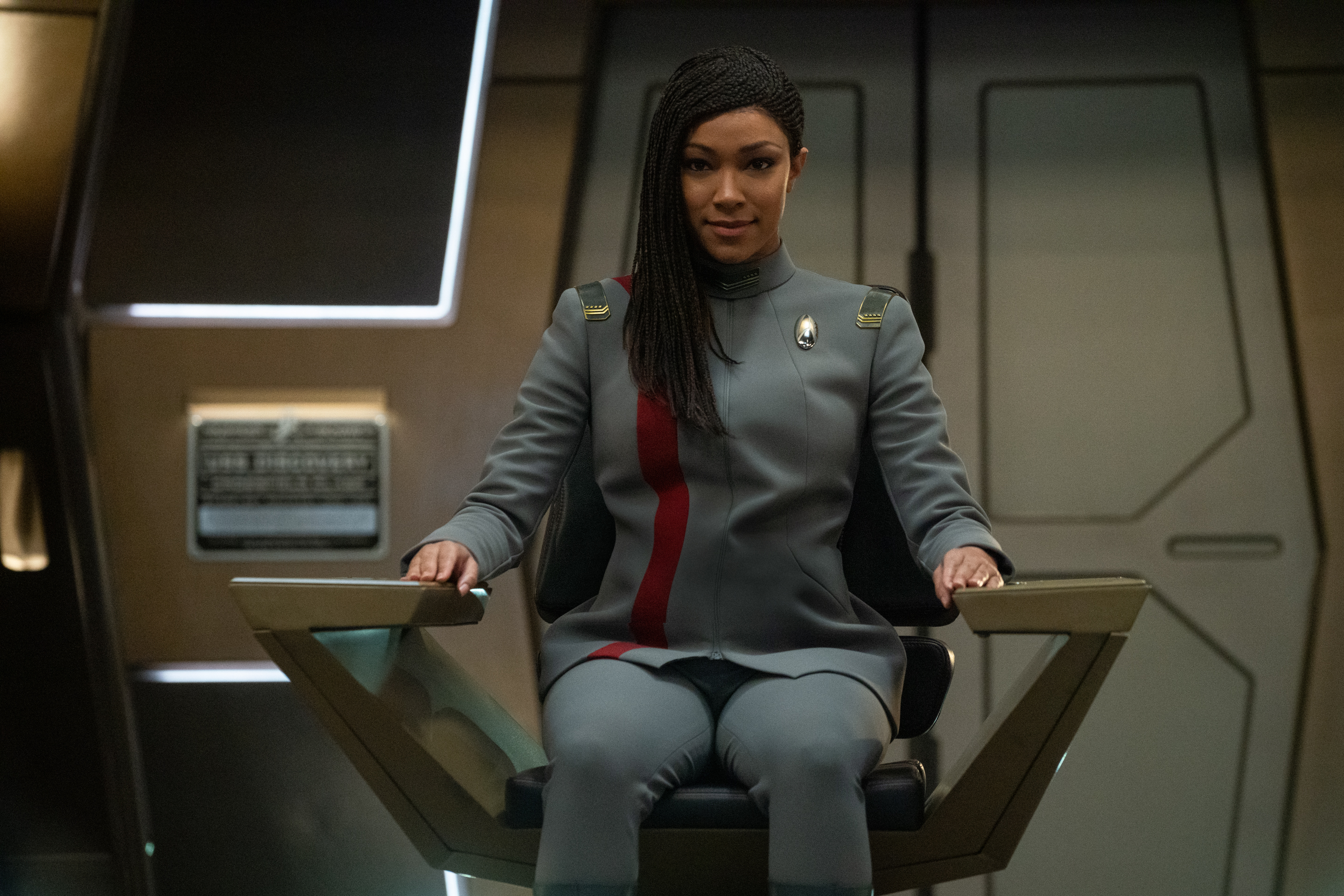 """""""The Hope That is You, Part 2"""" — Ep#313 — Pictured: Sonequa Martin-Green and Commander Burnham of the CBS All Access series STAR TREK: DISCOVERY. Photo Cr: Michael Gibson/CBS ©2020 CBS Interactive, Inc. All Rights Reserved."""