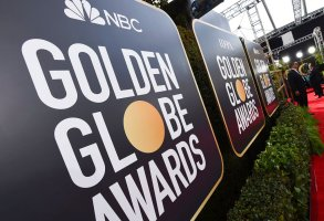 Golden Globe Awards signage