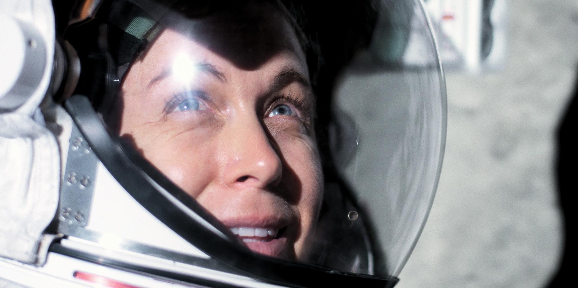 Обзор 'For All Mankind': космическая драма Apple почти правит судном в улучшенном сезоне 2