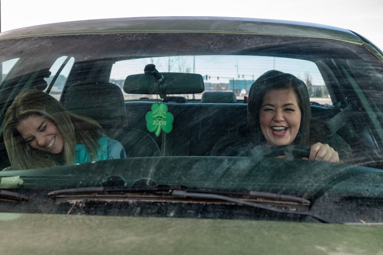 BTS, Annie Murphy as Allison, Mary Hollis Inboden as Patty - Kevin Can F*** Himself _ Season 1 - Photo Credit: Jojo Whilden/AMC