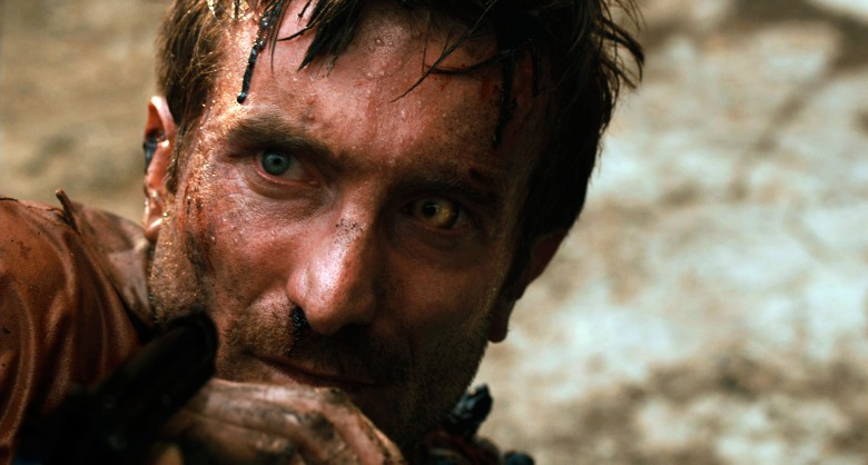 DISTRICT 9, Sharlto Copley, 2009. ©Sony Pictures Entertainment/Courtesy Everett Collection
