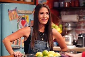 'Punky Brewster' Review: A Cute Cast Sells Predictable Shenanigans