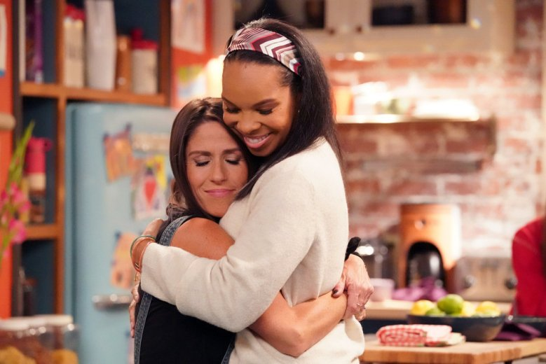 PUNKY BREWSTER -- Pilot Episode -- Pictured: (l-r) Soleil Moon Frye as Punky Brewster, Cherie Johnson as Cherie -- (Photo by: Evans Vestal Ward/Peacock)