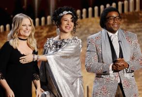 Golden Globes Maya Rudolph, Amy Poehler, and Kenan Thompson