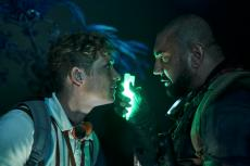 ARMY OF THE DEAD (L to R) MATTHIAS SCHWEIGHÖFER as DIETER, DAVE BAUTISTA as SCOTT WARD in ARMY OF THE DEAD. Cr. CLAY ENOS/NETFLIX © 2021