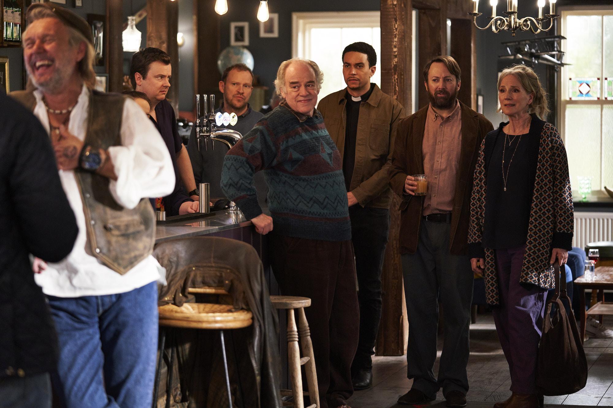 John Macmillan as Julian, Geoff McGivern as Uncle Geoff, Penny Downie as Ellen, Robert Webb as Andrew, David Mitchell as Stephen - Back _ Season 2, Episode 2 - Photo Credit: Sundance Now