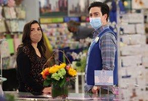"SUPERSTORE -- ""Perfect Store"" Episode 614 -- Pictured: (l-r) America Ferrera as Amy, Ben Feldman as Jonah -- (Photo by: Jordin Althaus/NBC)"