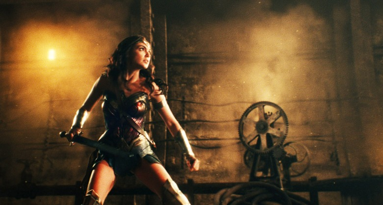 JUSTICE LEAGUE, Gal Gadot as Wonder Woman, 2017. © Warner Bros. Pictures /Courtesy Everett Collection
