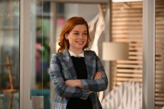"""ZOEY'S EXTRAORDINARY PLAYLIST -- """"Zoey's Extraordinary Reckoning"""" Episode 206 -- Pictured: Jane Levy as Zoey Clarke -- (Photo by: Sergei Bachlakov/NBC/Lionsgate)"""