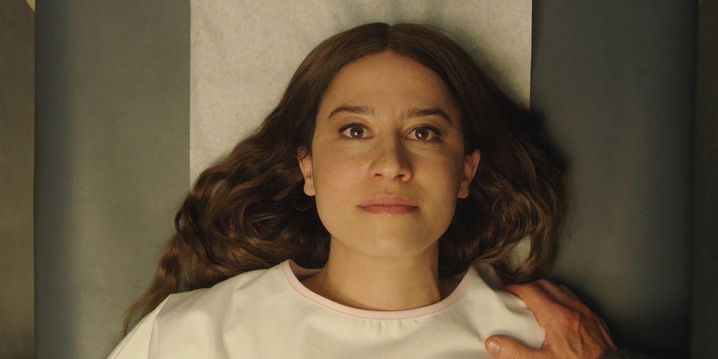 """Conoce el tráiler de """"False positive'"""", la nueva película de terror paranoico de A24"""