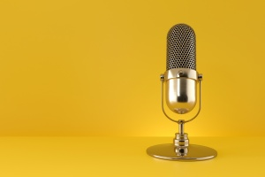The 7 Best Microphones for YouTube Videos and Live Streaming