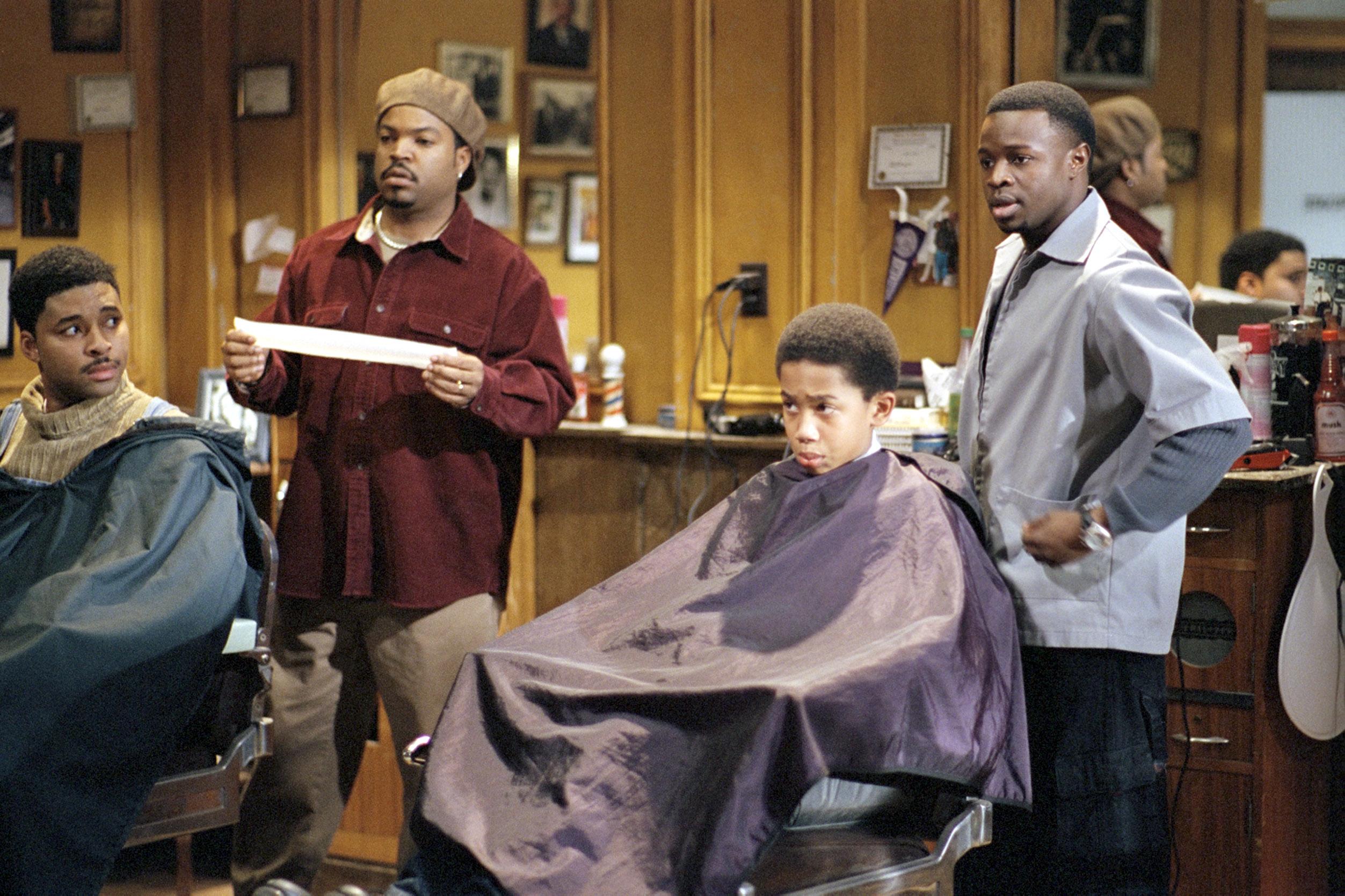 BARBERSHOP, Ice Cube, Sean Patrick Thomas, 2002, (c) MGM/courtesy Everett Collection