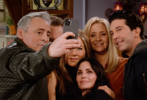 Friends Reunion Matt LeBlanc Jennifer Aniston David Schwimmer HBO Max selfie