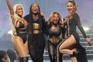 Seeing Double at Upfronts: 'Queens' and 'Girls5Eva' Both Focus on Nostalgic Music History