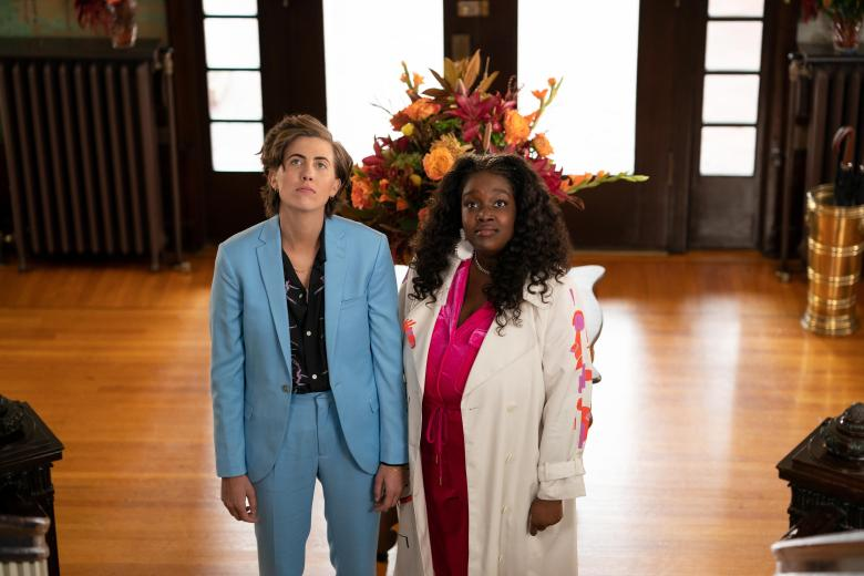 """ER Fightmaster and Lolly Adefope in """"Shrill"""" Season 3"""