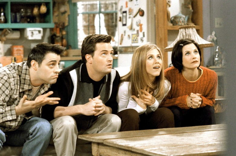 FRIENDS, from left: Matt LeBlanc, Matthew Perry, Jennifer Aniston, Courteney Cox, 'The One With The Embryos', (Season 4, ep. 412, aired Jan. 15, 1998), 1994-2004. photo: ©Warner Bros. / Courtesy: Everett Collection