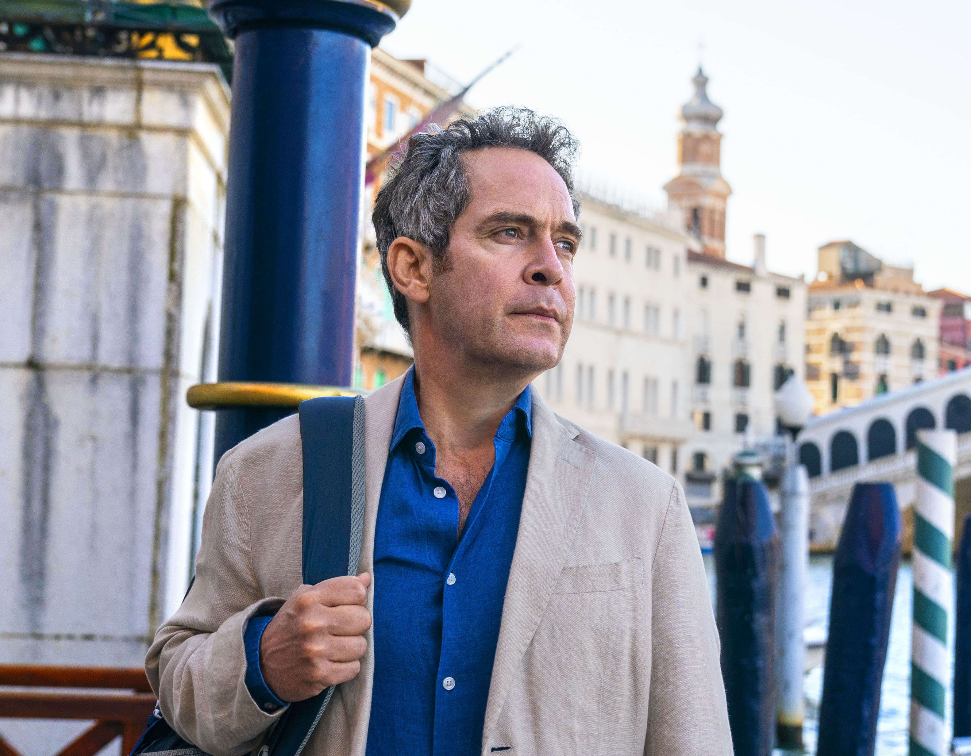 """MASTERPIECE""""Us""""Sundays, June 20 & 27, 2021 at 9/8cIn a drama tinged with humor and heartbreak, Tom Hollander (Baptiste, The Night Manager) and Saskia Reeves (Luther) play a couple who embark on a long-planned grand tour of Europe, despite the wife's wrenching proclamation that she wants to leave the marriage. The four-part series is based on a novel by best-selling author David Nicholls. The Daily Telegraph called it a """"brilliantly witty and heartfelt drama about a family on the edge.""""Shown: Tom Hollander as DouglasFor editorial use only.Courtesy of Drama Republic and MASTERPIECE."""