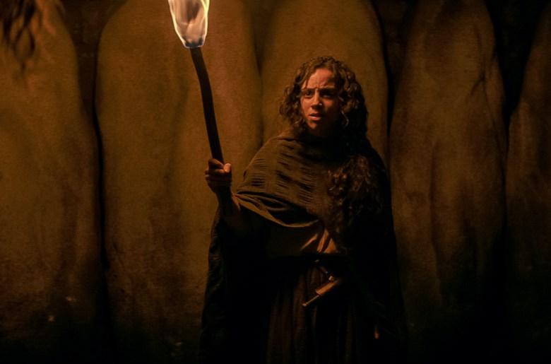 FEAR STREET PART 3: 1666 (Pictured) KIANA MADEIRA as SARAH FIER. NETFLIX © 2021