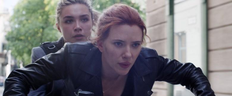 BLACK WIDOW, from left: Florence Pugh, Scarlett Johansson, as Natasha Romanoff, 2021.  © Walt Disney Studios Motion Pictures / © Marvel Studios / Courtesy Everett Collection