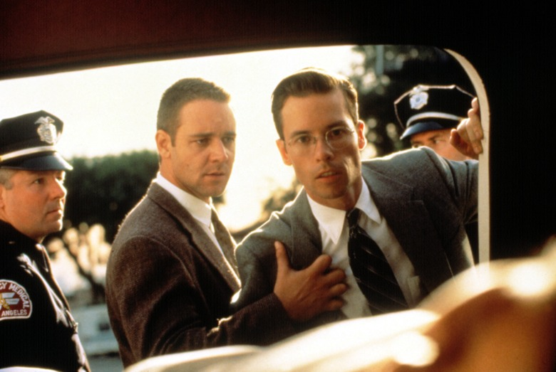 L.A. CONFIDENTIAL, Russell Crowe, Guy Pearce, 1997