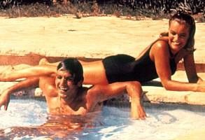 THE SWIMMING POOL, (aka LA PISCINE), Alain Delon, Romy Schneider, 1969