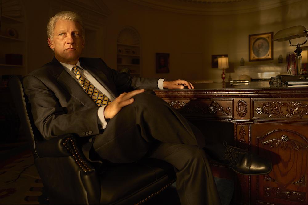 Impeachment: American Crime Story -- Pictured: Clive Owen as Bill Clinton. CR. Kurt Iswarienko/FX